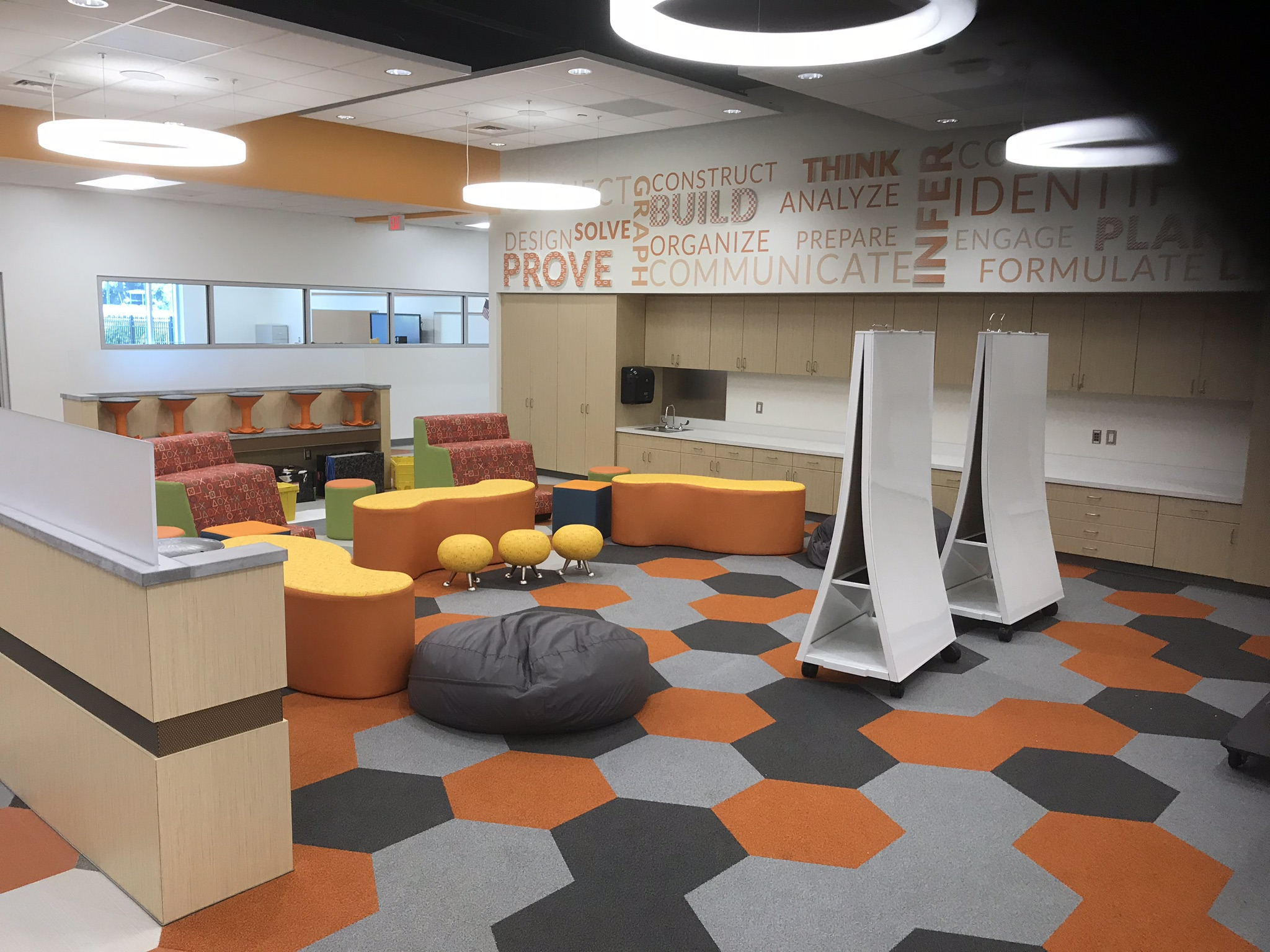 Creative floors for an inspiring new school